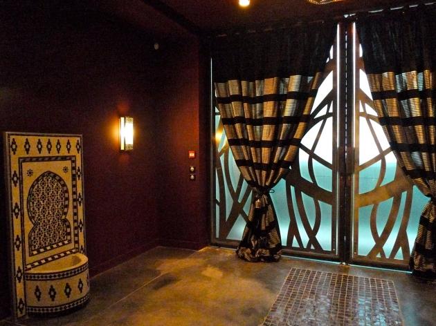 zein oriental spa love spots. Black Bedroom Furniture Sets. Home Design Ideas