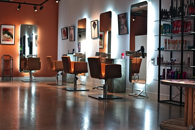 Beautiful Salon De Coiffure Moderne Homme Ideas - Amazing House ...