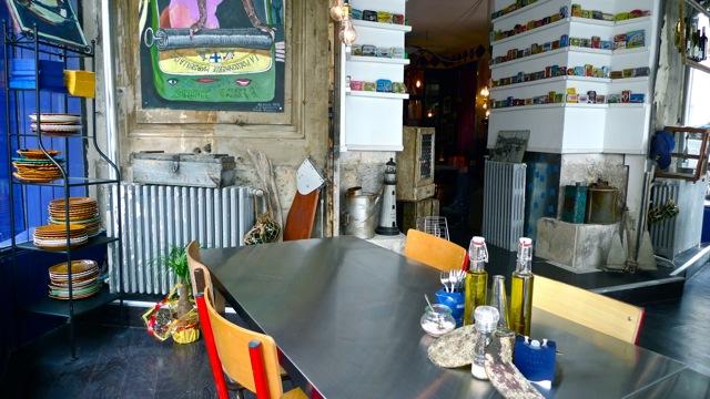 restaurant marseille la boite sardine love spots. Black Bedroom Furniture Sets. Home Design Ideas