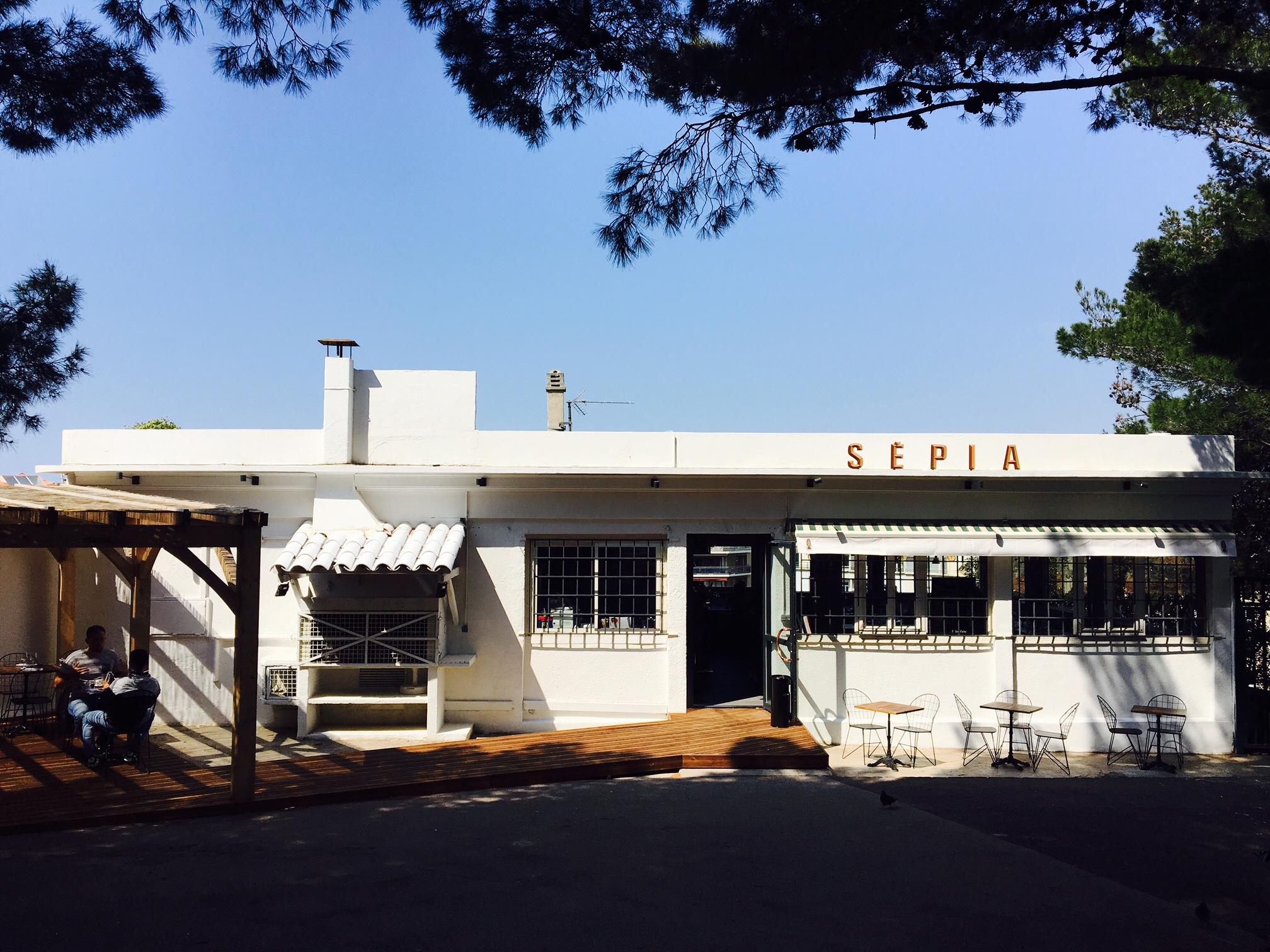 mediterranean restaurant marseille sepia spots