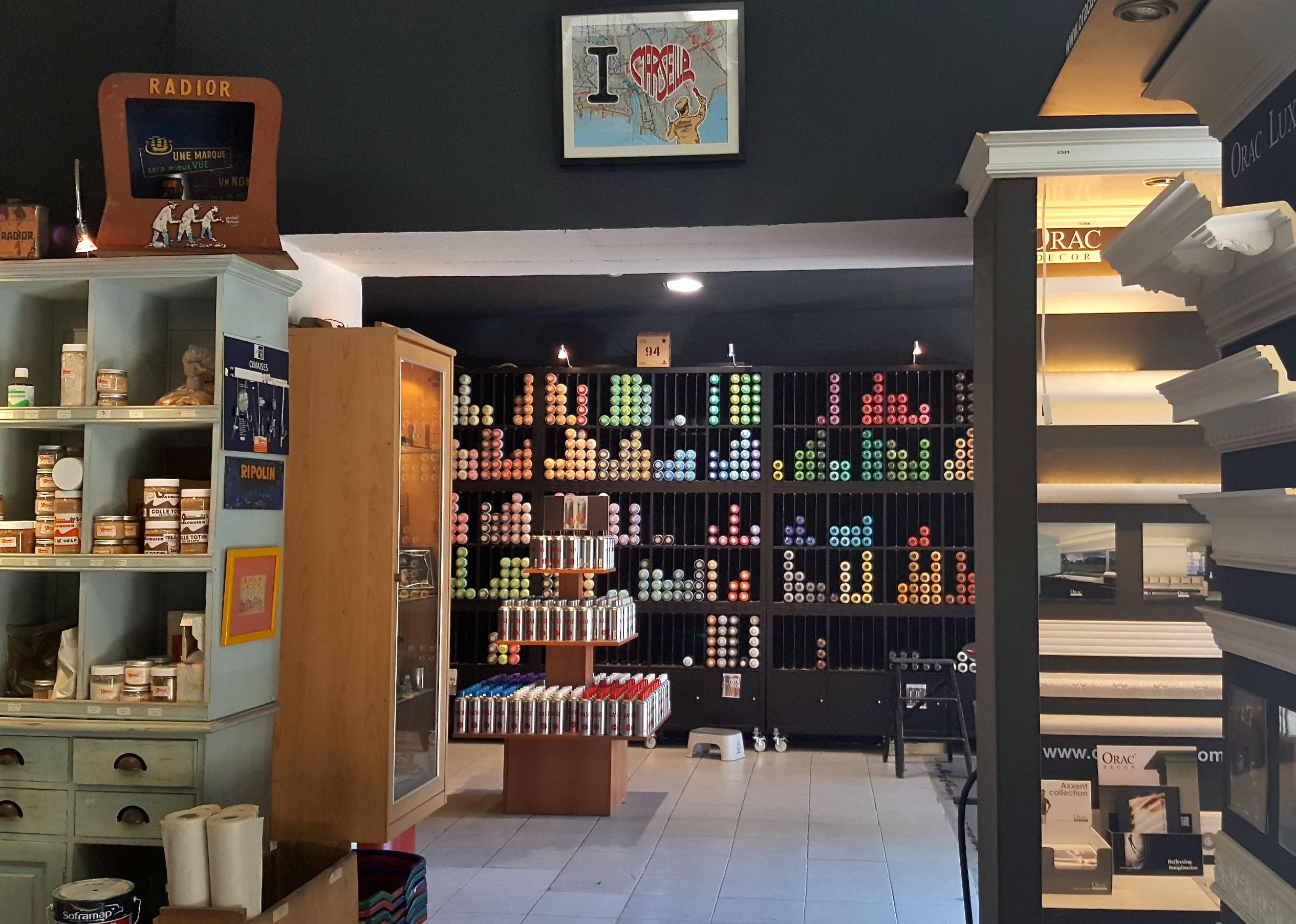 street art marseille vacquier peintures love spots. Black Bedroom Furniture Sets. Home Design Ideas