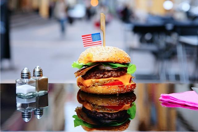 restaurant-marseille-burger-and-coffee-lovespots-1